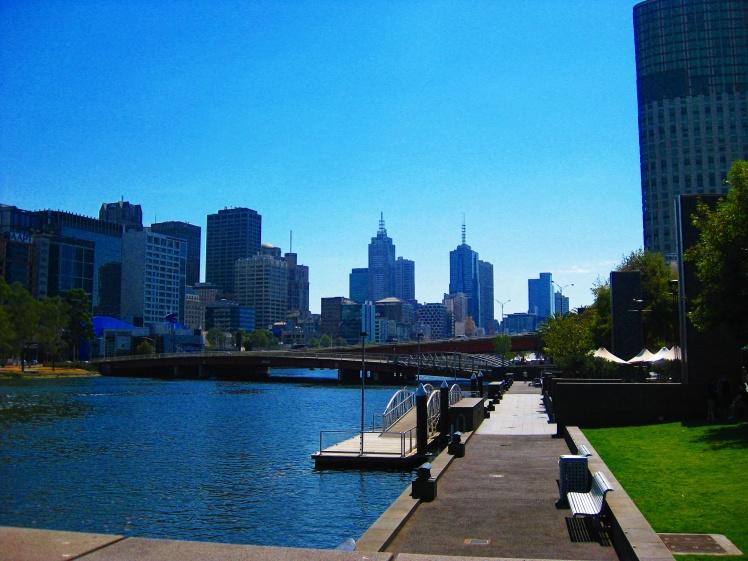 Melbourne Yarra River.jpg